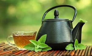 tea-and-kettle-406