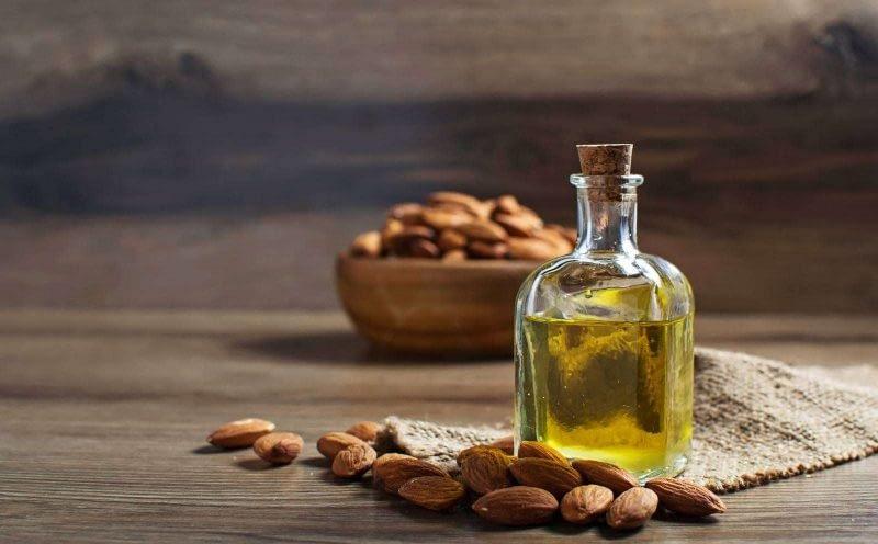 Plaukų priežiūra aliejais