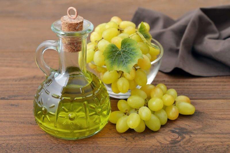 Vynuogių kauliukų aliejus